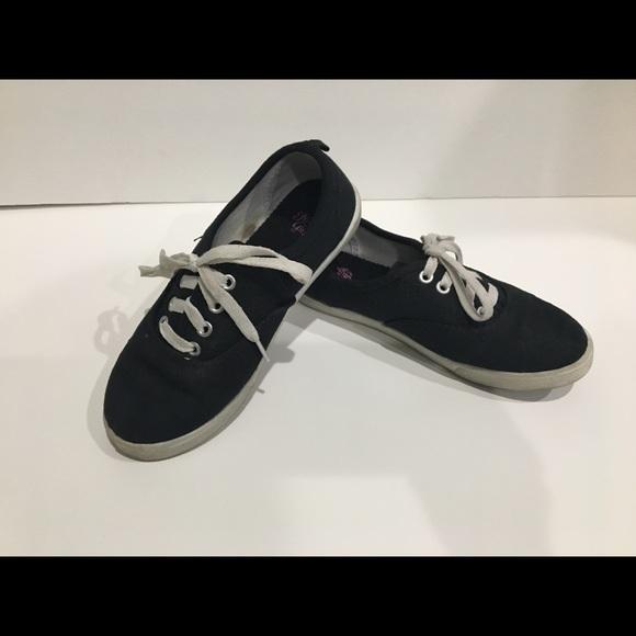 Plain Black Canvas Girls Tie Sneakers